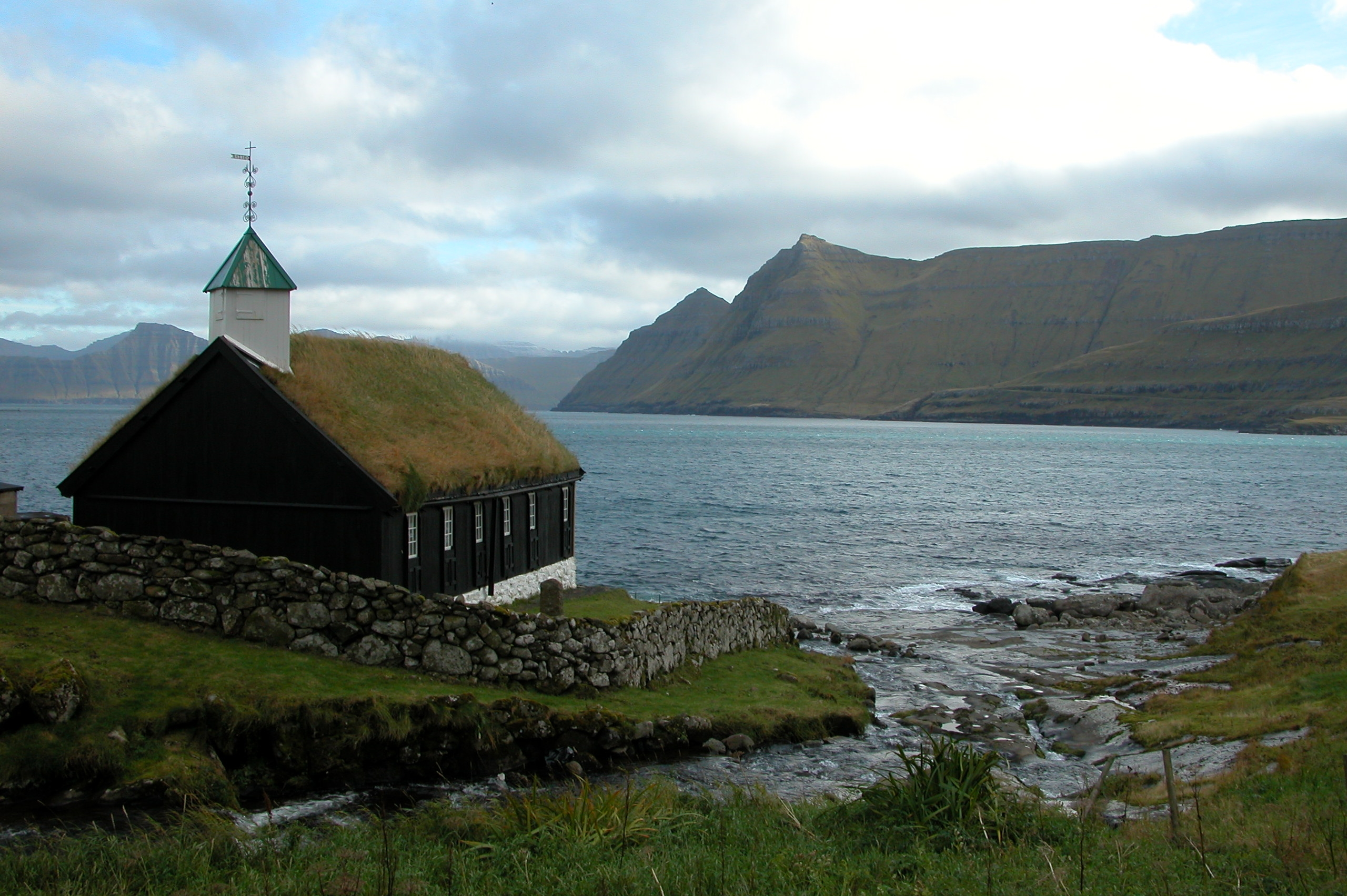 Church_of_Funningur,_Faroe_Islands